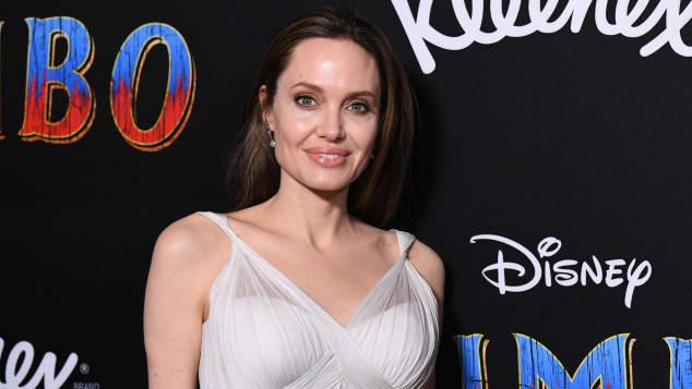 Angelina Jolie Quiz hechos trivia carreras películas programas de televisión
