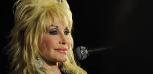 "Dolly Parton Grieves The Loss Of Her Brother: ""He Will Always Be In Our Hearts"""