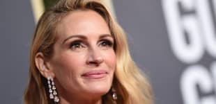 Julia Roberts arrives for the 76th annual Golden Globe Awards on January 6, 2019, at the Beverly Hilton hotel in Beverly Hills, California.