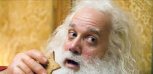 These actors portrayed the best Santa Claus in movies!