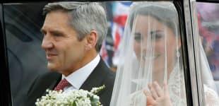 Kate Middleton y Michael Middleton en camino a la Boda Real