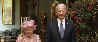 How Queen Elizabeth First Met Joe Biden In 1982 royal family photos pictures 2021 visit tea Jill Biden news