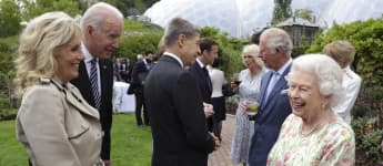 Queen Elizabeth's Joke Gets G7 Leaders Laughing At 2021 Summit watch video Biden Trudeau Merkel Macron Johnson royal family news