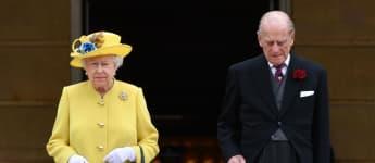 The Queen Rejoins Prince Philip Sandringham Ahead New England Lockdown November 2020