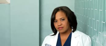 """'Grey's Anatomy': """"Bailey"""" Grapples With Her Mom's Mortality In Emotional Episode"""