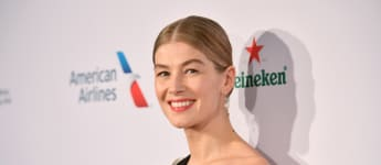Rosamund Pike Talks About The Dangers Of Photoshopped Images