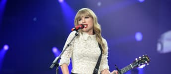 Taylor Swift Announces 'Red' Will Be Her Next Re-Recorded Album