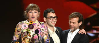 Taylor Swift Reveals Beyoncé Sent Her Flowers After Grammys Win