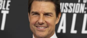 Tom Cruise Sneaks Into Movie Theater To See Christopher Nolan's 'Tenet'
