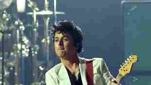 Billie Joe Armstrong Covers The Bangles With Susanna Hoffs - Watch it here!