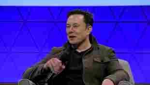 Elon Musk Explains How To Pronounce Baby X Æ A-12's Name