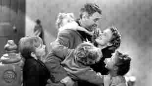 It's a Wonderful Life Quiz trivia facts Christmas movie classic film 1946 James Stewart cast actors