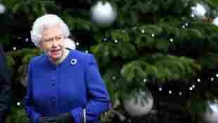 "Queen Elizabeth ""Sad"" Harry & Meghan Missing Christmas 2020"