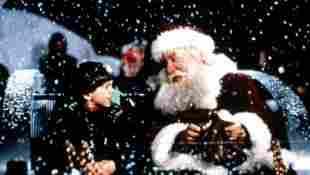 Tim Allen in 'Santa Clause' production still 1994