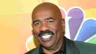 """Steve Harvey Defends Ellen DeGeneres Amid Ongoing Investigation: """"One Of The Coolest And Kindest People"""""""