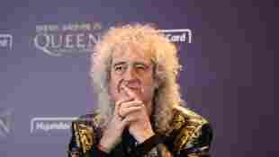"""Brian May habla de estar cerca de la muerte después de sufrir un """"pequeño ataque al corazón"""" durante un reciente accidente de jardinería"""