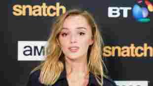 """'Bridgerton': Facts About """"Daphne Bridgerton"""" Actress Phoebe Dynevor"""