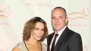 Jennifer Grey y Clark Gregg