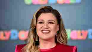 Kelly Clarkson Reveals The Song Helping Her Cope With Divorce