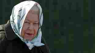 Queen Elisabeth II. Death father of King George VI.