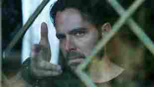 Manolo Cardona en una escena de la serie '¿Quién mató a Sara?'