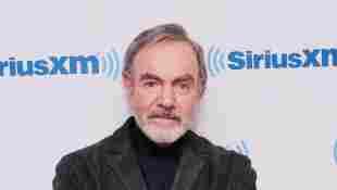 """Neil Diamond asiste al """"ayuntamiento"""" de SiriusXM con Neil Diamond presentado por el primo Brucie en la radio Neil Diamond de SiriusXM en los estudios SiriusXM el 21 de octubre de 2014 en la ciudad de Nueva York"""