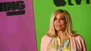 Wendy Williams Worries Viewers With Odd Behavior On Her Show