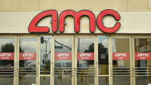 'AMC Theaters Will Require Moviegoers To Wear Face Masks Upon Post-COVID-19 Reopening After Outcry