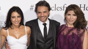Aislinn Derbez, Eugenio Derbez y Alessandra Rosaldo
