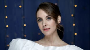 "Alison Brie Talks Battle With Body Dysmorphia: ""I Thought I Was So Disgusting"""