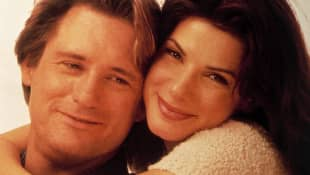 Bill Pullman and Sandra Bullock in While You Were Sleeping