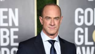 Christopher Meloni Reacts To Tight-Pants SVU Photo On Twitter picture set behind the scenes trending viral