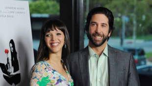 Zoe Buckman y David Schwimmer