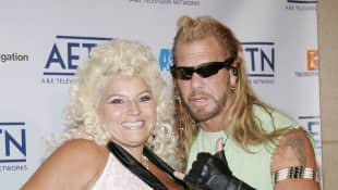"Duane ""the Dog"" Chapman And Daughter Cecily Show Off T-Shirt Honouring Late Wife Beth."