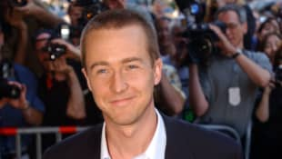"Actor Edward Norton arrives for the premiere of ""The Score"" July 11, 2001 in New York City."