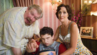 Harry Melling, Fiona Shaw, Richard Griffiths