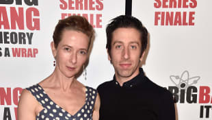 Jocelyn Towne y Simon Helberg