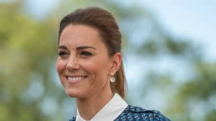 Kate Middleton Teams Up With Andy Murray To Surprise Young Tennis Fans