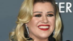 Kelly Clarkson had to sleep in her car before she became famous