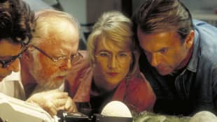 New Jurassic Park Cast Pays Tribute To Richard Attenborough Dominion movie stage 2020 2021 Sam Neill Laura Dern Jeff Goldblum