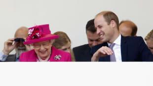 Príncipe William y reina Isabel