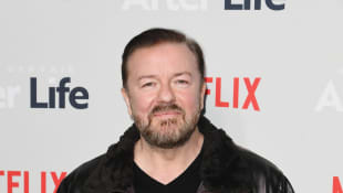 """Ricky Gervais Slams Stars """"Complaining About Being In A Mansion"""" During COVID-19 Quarantine"""