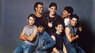 """Rob Lowe Says Tom Cruise Went """"Ballistic"""" Over Sharing Hotel Room During 'The Outsiders'"""