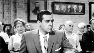 Raymond Burr on 'Perry Mason'