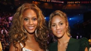 Shakira y Beyoncé