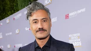 Taika Waititi Posts Hilarious Photo Of His Trashed Hotel Room After Quarantining With His Daughters For 2 Weeks