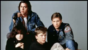 Molly Ringwald, Ally Sheedy, Judd Nelson, Emilio Estevez and Anthony Michael Hall in The Breakfast Club