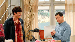 Esta es la razón por la que Ashton Kutcher reemplazó a Charlie Sheen en 'Two and a half Men'