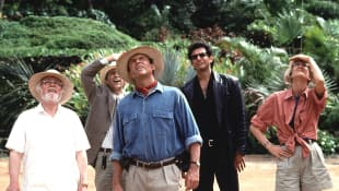 Watch Jurassic Park Cast Recreate Classic Scene 27 Years Later 2020 Jeff Goldblum Sam Neill Laura Dern Dominion sequel