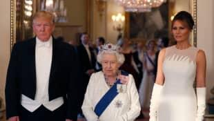 Donald Trump, The Queen and Melania Trump